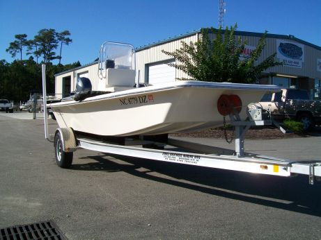 2014 Jones Brothers 17' Bateau