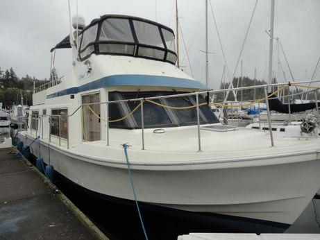 1985 Chris-Craft Motor Yacht House Boat