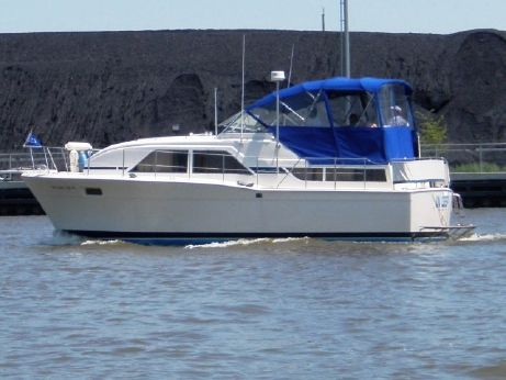 1979 Chris-Craft 350 Catalina