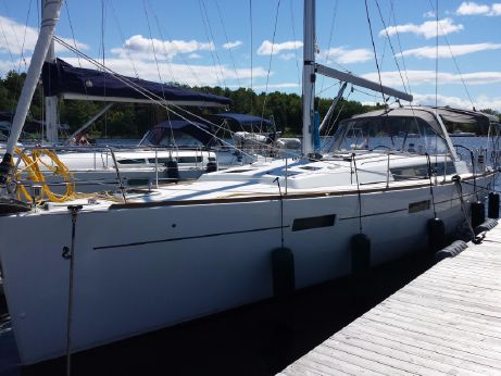 2012 Beneteau Usa 45-FRESH WATER