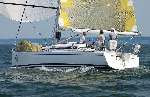 2016 Arcona Yachts 340