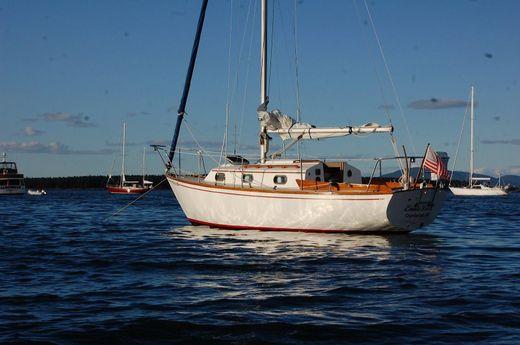 1982 Cape Dory 25D