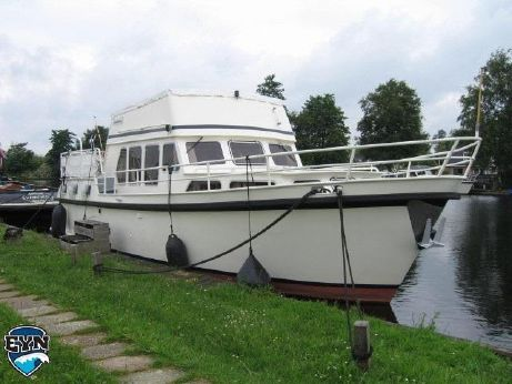 1986 Derby 1200 De Luxe Flybridge