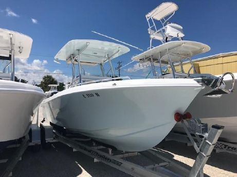 2017 Bluewater Sportfishing 2550