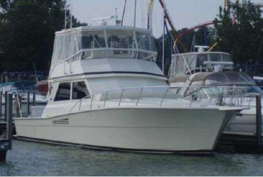 1988 Viking Yachts 48 Convertable