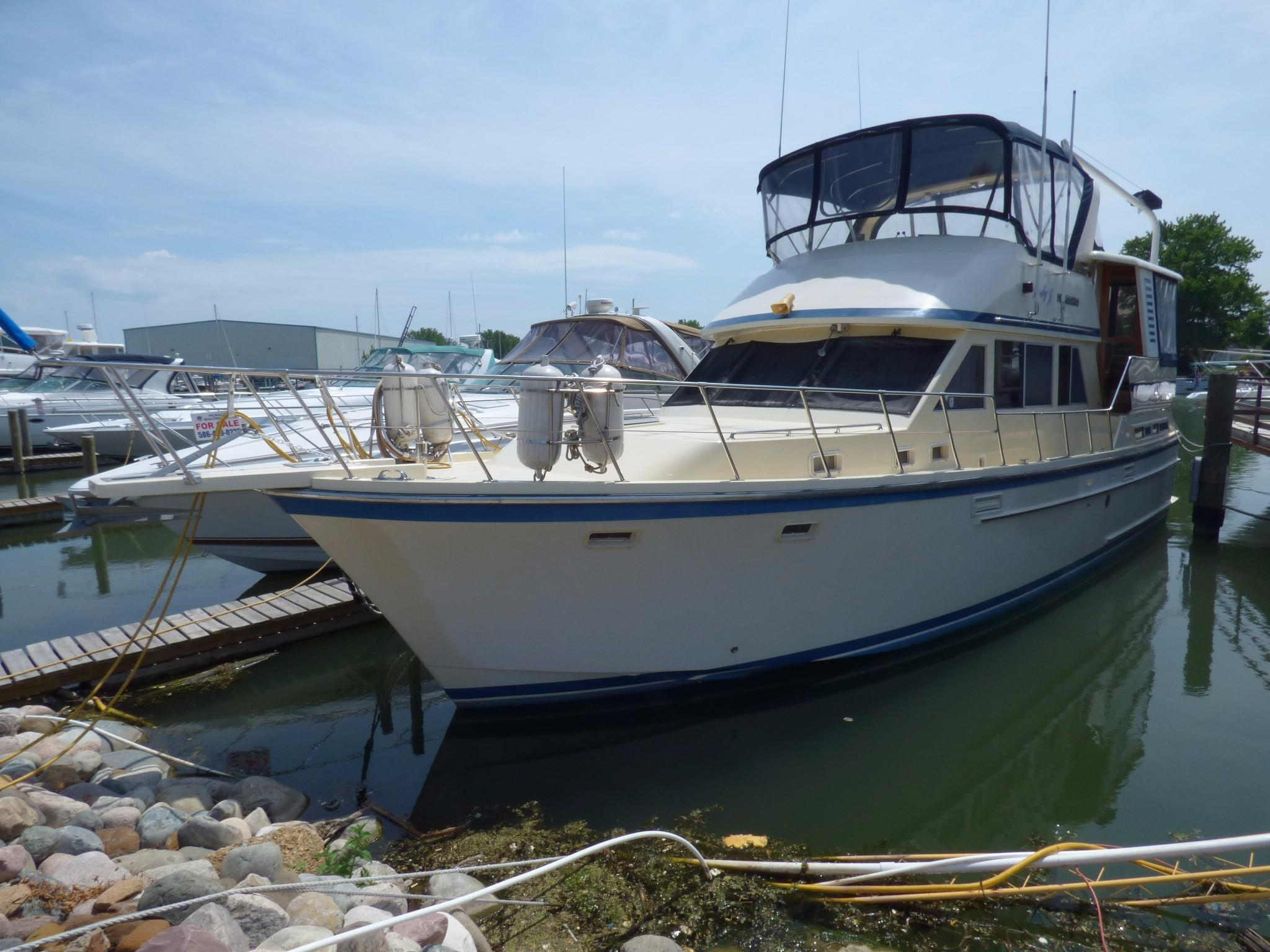 Offset Bunk Beds 1988 Jefferson 42 Se Sundeck Motor Yacht Power New And
