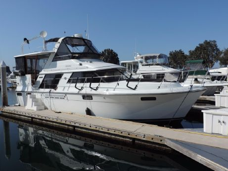 1988 Carver Yachts 4270 Aft Cabin