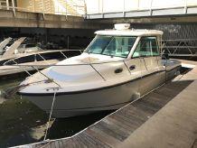 2014 Boston Whaler 315 Conquest Pilothouse