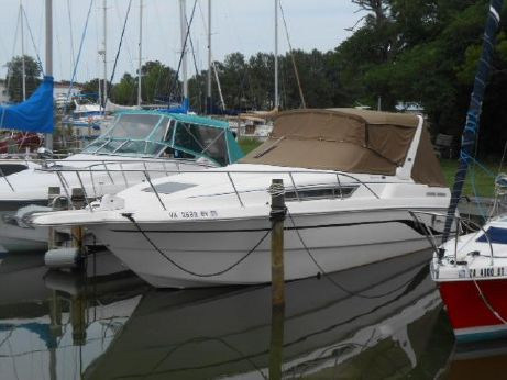 2000 Chaparral 290 Signature Cruiser