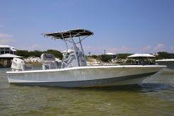 2010 Aquasport 224 Bay