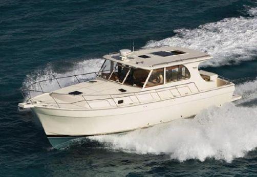 2010 Mainship Pilot 45