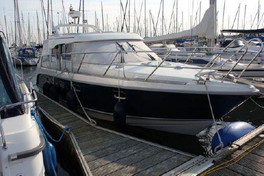 2010 Aquador 32 C