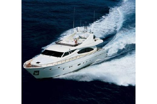 2006 Ferretti Yachts 880