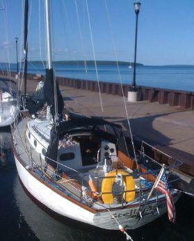 1985 Cape Dory 31 Cutter