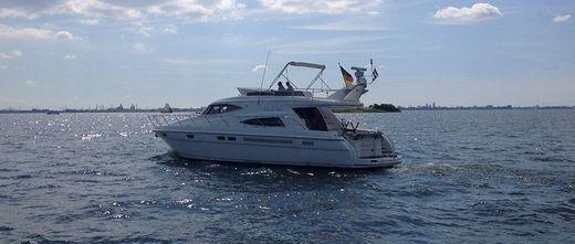 2005 Sealine T52