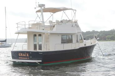 thumbnail photo 0: 2005 Mainship 34 Trawler