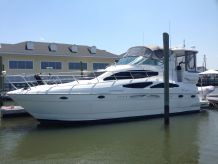 2003 Cruisers Yachts 405 Aft Cabin Motoryacht w/Volvos
