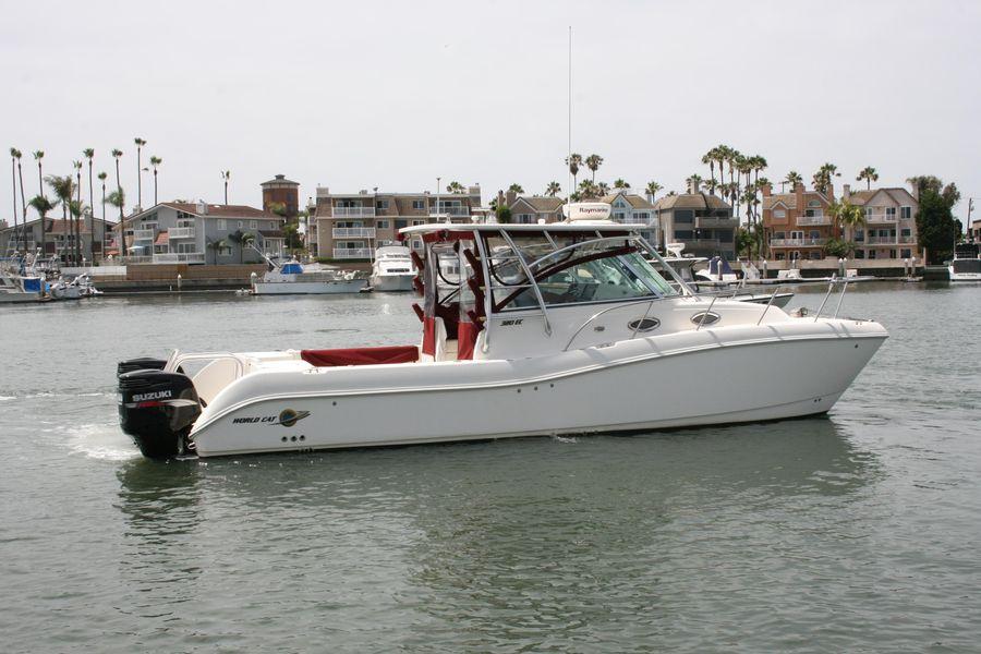 32 World Cat 320EC for sale