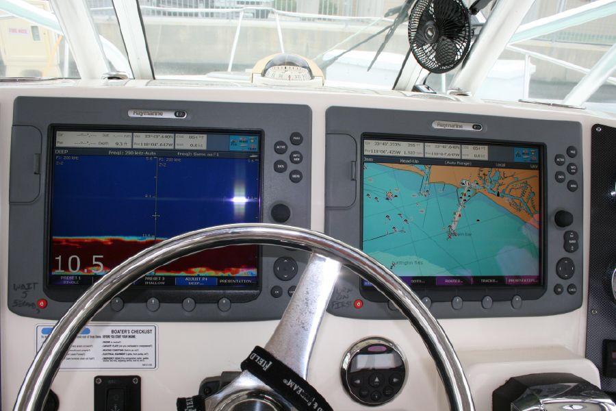 32' World Cat fishing catamaran for sale