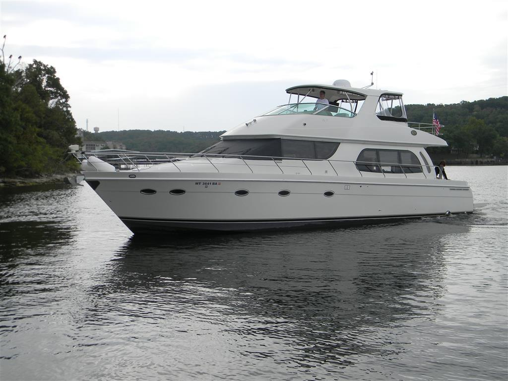 Pre-owned 56' Carver Yacht