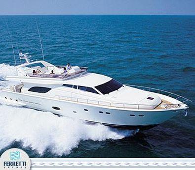 2005 Ferretti Yachts 810