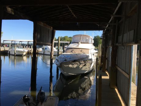 1998 Viking Princess 46 Bridge