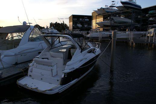 2007 Regal 3060 Express Cruiser