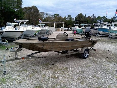 2016 Tracker Boats GRIZZLY® 1754 MVX SC