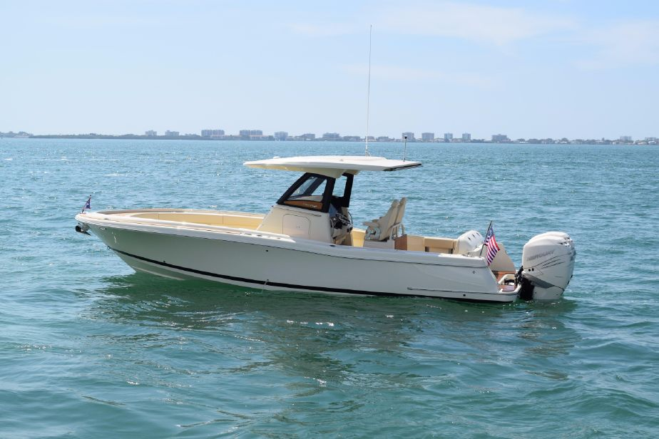 2019 Chris-Craft Catalina 30 Pilothouse Power Boat For Sale
