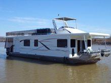 2010 Thoroughbred Houseboat