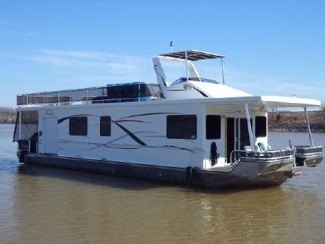 2010 Thoroughbred Houseboat