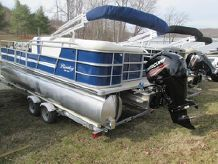 2015 Bentley Pontoons 220 Fish