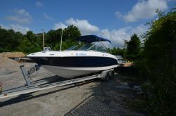 2005 Chaparral 236SSi
