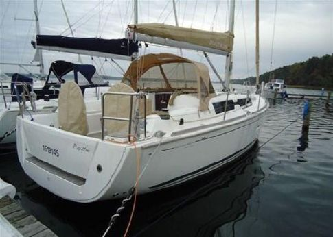 2012 Dufour Yachts Dufour 335 Grand Large
