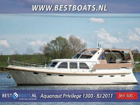 2011 Aquanaut Privilege 1300