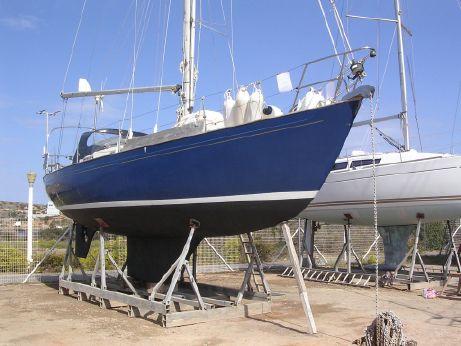1990 Victoria 34
