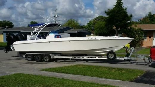 1981 Scarab 30 Offshore Sport