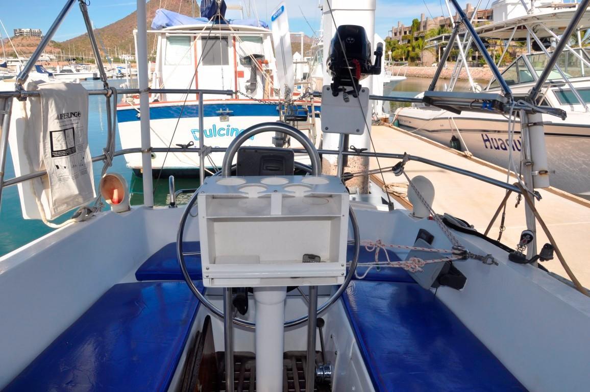 30' Catalina 30+Photo 28