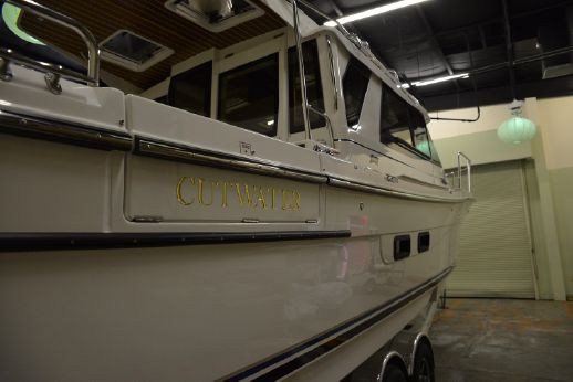2017 Cutwater 30 S Luxury Edition