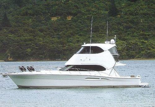 2005 Riviera 51 Enclosed Flybridge