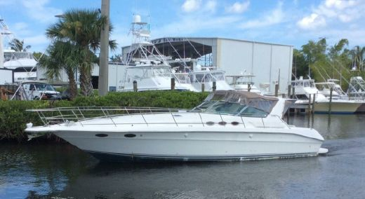 1996 1996 Sea Ray 400 Express   Financing Available
