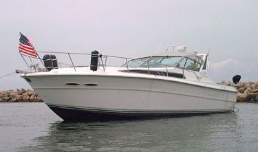 1988 Sea Ray 390 Express