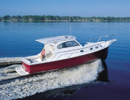 2002 Mainship Pilot 30 Sedan