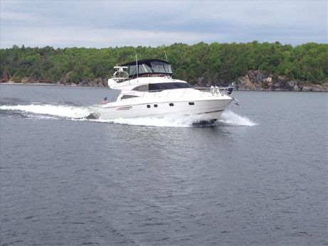 1998 Viking Sport Cruisers 56 Flybridge Yacht