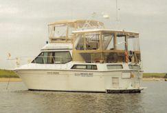 1988 Chris-Craft Catalina 372