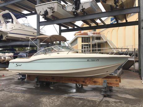 2014 Scout Boats 210 Dorado