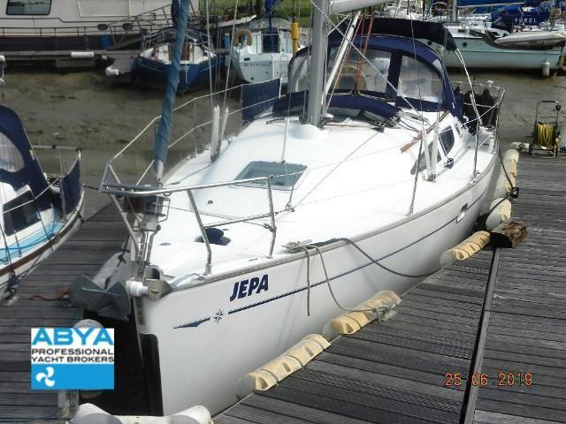 2004 Jeanneau Sun Odyssey 35 Lifting Keel Sail Boat For Sale