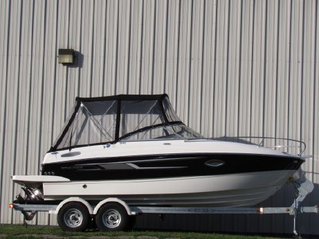 2014 Bayliner 642 Overnighter