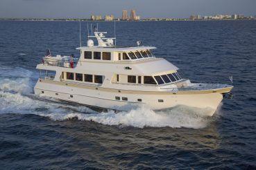 thumbnail photo 2: 2017 Outer Reef Yachts 860 Deluxbridge Skylounge