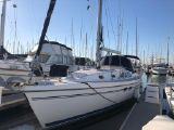 photo of 38' Catalina 387